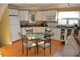 "Photo 5: 2312 VINE Street in Vancouver: Kitsilano Townhouse for sale in ""7TH & VINE"" (Vancouver West)  : MLS®# R2377630"