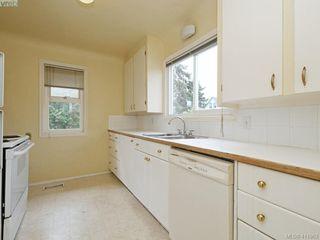 Photo 7: 2951 Cedar Hill Rd in VICTORIA: Vi Oaklands Single Family Detached for sale (Victoria)  : MLS®# 816786