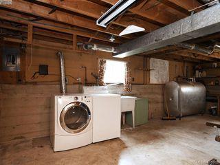 Photo 15: 2951 Cedar Hill Rd in VICTORIA: Vi Oaklands Single Family Detached for sale (Victoria)  : MLS®# 816786