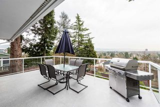Photo 4: 965 RANCH PARK Way in Coquitlam: Ranch Park House for sale : MLS®# R2379872