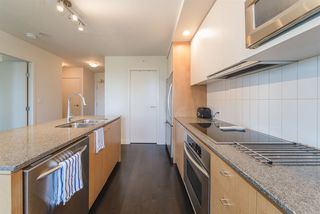 """Photo 4: 609 2851 HEATHER Street in Vancouver: Fairview VW Condo for sale in """"TAPESTRY"""" (Vancouver West)  : MLS®# R2381795"""