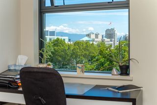 """Photo 6: 609 2851 HEATHER Street in Vancouver: Fairview VW Condo for sale in """"TAPESTRY"""" (Vancouver West)  : MLS®# R2381795"""