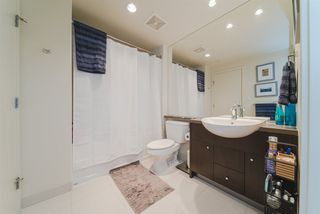 """Photo 3: 609 2851 HEATHER Street in Vancouver: Fairview VW Condo for sale in """"TAPESTRY"""" (Vancouver West)  : MLS®# R2381795"""