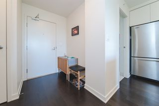 """Photo 2: 609 2851 HEATHER Street in Vancouver: Fairview VW Condo for sale in """"TAPESTRY"""" (Vancouver West)  : MLS®# R2381795"""