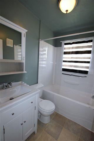 Photo 7: 13534 WOODCROFT Avenue in Edmonton: Zone 07 House Half Duplex for sale : MLS®# E4164725