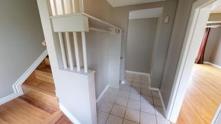 Photo 10: 13534 WOODCROFT Avenue in Edmonton: Zone 07 House Half Duplex for sale : MLS®# E4164725