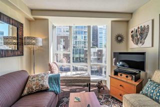 """Photo 3: 311 910 BEACH Avenue in Vancouver: Yaletown Condo for sale in """"Meridian"""" (Vancouver West)  : MLS®# R2449124"""