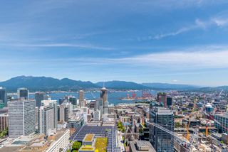 "Photo 13: PH6 777 RICHARDS Street in Vancouver: Downtown VW Condo for sale in ""TELUS GARDEN"" (Vancouver West)  : MLS®# R2463480"