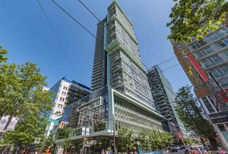 "Photo 1: PH6 777 RICHARDS Street in Vancouver: Downtown VW Condo for sale in ""TELUS GARDEN"" (Vancouver West)  : MLS®# R2463480"