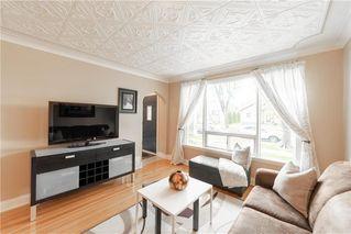 Photo 4: 813 Dudley Avenue in Winnipeg: Residential for sale (1B)  : MLS®# 202013908