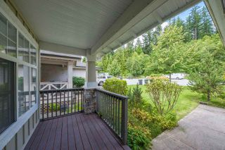 Photo 3: 22 HICKORY Drive in Port Moody: Heritage Woods PM House 1/2 Duplex for sale : MLS®# R2474810
