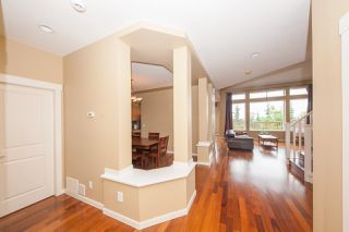 Photo 4: 22 HICKORY Drive in Port Moody: Heritage Woods PM House 1/2 Duplex for sale : MLS®# R2474810
