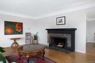 Photo 6: 50 Cambridge St in Victoria: Vi Fairfield West Half Duplex for sale : MLS®# 844807