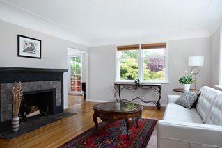 Photo 4: 50 Cambridge St in Victoria: Vi Fairfield West Half Duplex for sale : MLS®# 844807