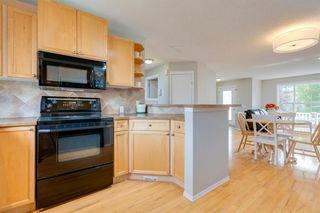 Photo 15: 18 Tuscany Valley Rise NW in Calgary: Tuscany Detached for sale : MLS®# A1034771