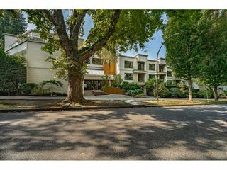 "Photo 1: 312 1350 COMOX Street in Vancouver: West End VW Condo for sale in ""BROUGHTON TERRACE"" (Vancouver West)  : MLS®# R2505965"