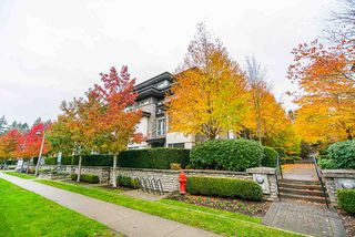 """Main Photo: 108 7478 BYRNEPARK Walk in Burnaby: South Slope Condo for sale in """"GREEN"""" (Burnaby South)  : MLS®# R2530962"""