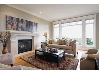 Photo 3: 2320 OTTAWA Avenue in West Vancouver: Dundarave House for sale : MLS®# V878350