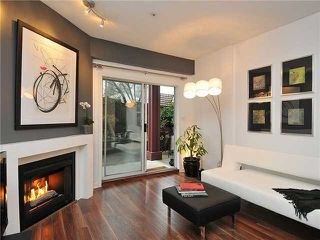 Photo 2: 102 3680 RAE Avenue in Vancouver: Collingwood VE Condo for sale (Vancouver East)  : MLS®# V882312