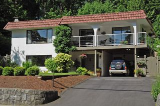 Photo 2: 1235 DEEP COVE Road in North Vancouver: Deep Cove House for sale : MLS®# V899064