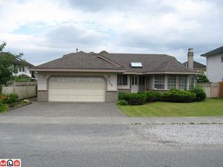 Photo 1: 8690 162ND Street in Surrey: Fleetwood Tynehead House for sale : MLS®# F1122964