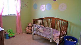 Photo 11: 9140 - 166 Avenue in Edmonton: House Half Duplex for sale (Eaux Claires)  : MLS®# E3285209