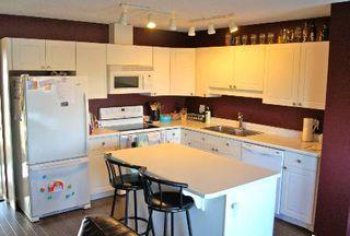 Photo 2: 9140 - 166 Avenue in Edmonton: House Half Duplex for sale (Eaux Claires)  : MLS®# E3285209