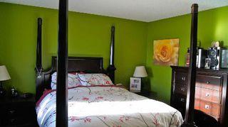 Photo 8: 9140 - 166 Avenue in Edmonton: House Half Duplex for sale (Eaux Claires)  : MLS®# E3285209