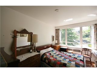 Photo 7: 222 1445 MARPOLE Avenue in Vancouver: Fairview VW Condo for sale (Vancouver West)  : MLS®# V953664