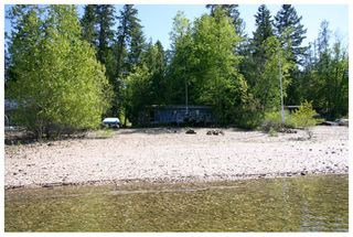 Photo 4: 2477 Rocky Point Road in Blind Bay: Waterfront House for sale (Shuswap)  : MLS®# 10064890
