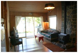 Photo 13: 2477 Rocky Point Road in Blind Bay: Waterfront House for sale (Shuswap)  : MLS®# 10064890