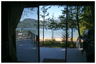 Photo 15: 2477 Rocky Point Road in Blind Bay: Waterfront House for sale (Shuswap)  : MLS®# 10064890