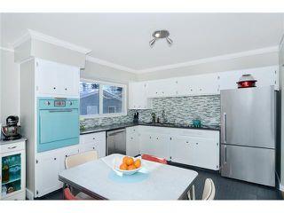 Photo 7: 99 HANOVER Road SW in CALGARY: Haysboro Residential Detached Single Family for sale (Calgary)  : MLS®# C3601684