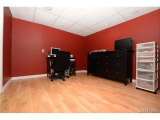 Photo 26: 54 FUHRMANN Crescent in Regina: Walsh Acres Single Family Dwelling for sale (Regina Area 01)  : MLS®# 498152
