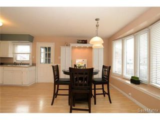 Photo 8: 54 FUHRMANN Crescent in Regina: Walsh Acres Single Family Dwelling for sale (Regina Area 01)  : MLS®# 498152