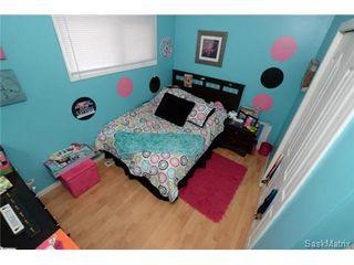 Photo 18: 54 FUHRMANN Crescent in Regina: Walsh Acres Single Family Dwelling for sale (Regina Area 01)  : MLS®# 498152