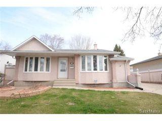 Photo 1: 54 FUHRMANN Crescent in Regina: Walsh Acres Single Family Dwelling for sale (Regina Area 01)  : MLS®# 498152
