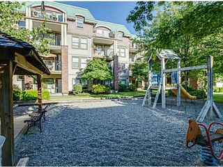 """Photo 5: 209 1591 BOOTH Avenue in Coquitlam: Maillardville Condo for sale in """"LE LAURENTIAN"""" : MLS®# V1096877"""