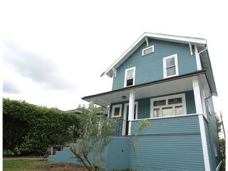 Photo 2: 2528 ADANAC Street in Vancouver: Renfrew VE House for sale (Vancouver East)  : MLS®# V1114611