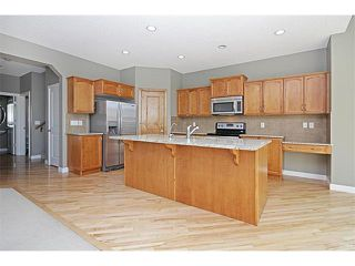 Photo 8: 116 CRANRIDGE Crescent SE in Calgary: Cranston House for sale : MLS®# C4008758