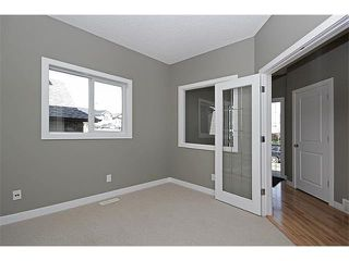 Photo 3: 116 CRANRIDGE Crescent SE in Calgary: Cranston House for sale : MLS®# C4008758