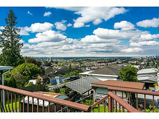 "Photo 7: 321 HYTHE Avenue in Burnaby: Capitol Hill BN House for sale in ""CAPITOL HILL"" (Burnaby North)  : MLS®# V1123724"