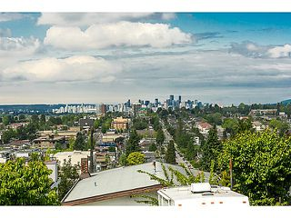 "Photo 2: 321 HYTHE Avenue in Burnaby: Capitol Hill BN House for sale in ""CAPITOL HILL"" (Burnaby North)  : MLS®# V1123724"