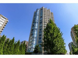 "Photo 2: 2203 739 PRINCESS Street in New Westminster: Uptown NW Condo for sale in ""BERKLEY PLACE"" : MLS®# V1125945"