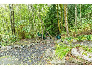 """Photo 2: 1 9900 VALLEY Drive in Squamish: Valleycliffe Townhouse for sale in """"LINCON GARDENS"""" : MLS®# V1141731"""