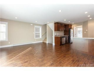 Photo 5: 104 990 Rattanwood Place in VICTORIA: La Happy Valley Townhouse for sale (Langford)  : MLS®# 355761