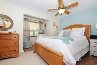 Photo 2: 547 Camelot Drive in Oshawa: Eastdale House (2-Storey) for sale : MLS®# E3315063
