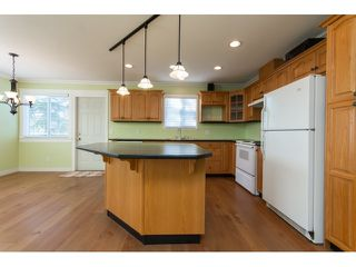 Photo 8: 31466 UPPER MACLURE Road in Abbotsford: Abbotsford West House for sale : MLS®# R2037745