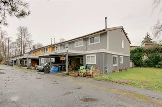 "Photo 1: 39820 NO NAME Road in Squamish: Northyards Townhouse for sale in ""MAMQUOM MEWS"" : MLS®# R2043298"