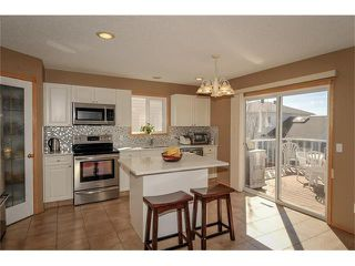 Photo 3: 140 TUSCARORA Circle NW in Calgary: Tuscany House for sale : MLS®# C4058828